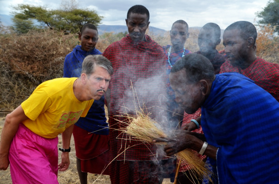 Auch in Afrika ein gefragter Prominenter. Unser Geburtstags-Manni!